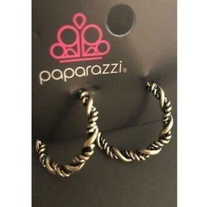 Paparazzi Earrings 💞